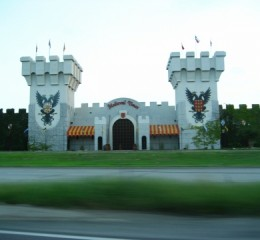 MEDIEVAL TIMES - DINNER & TOURNAMENT