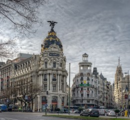 BARCELONA EN TREN DE ALTA VELOCIDAD DESDE MADRID- SERVICIO REGULAR